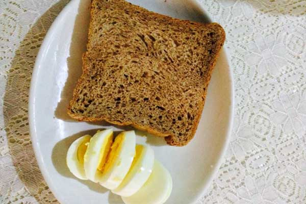 Boiled Eggs with whole wheat grain bread