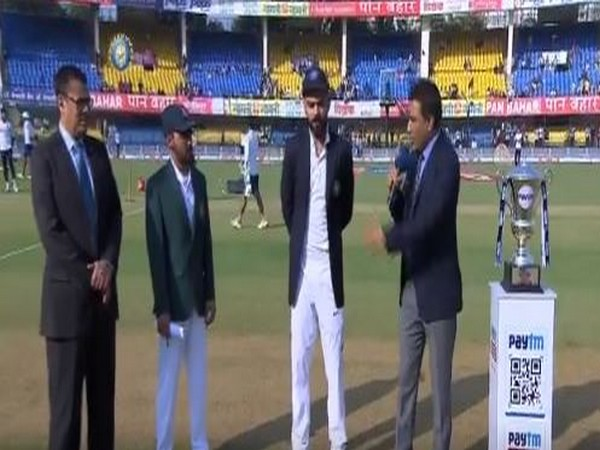 Virat Kohli and Mominul Haque during toss at Eden Gardens (Photo/BCCI Twitter)