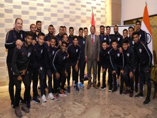 Viraj Singh with Indian football team (Photo/ Indian Football team Twitter)