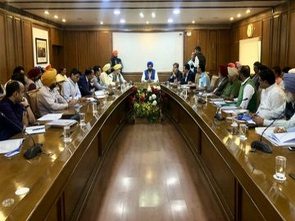 Rana Gurmit Singh Sodhi during meeting with officials. (Photo/Rana Gurmit S Sodhi Twitter)