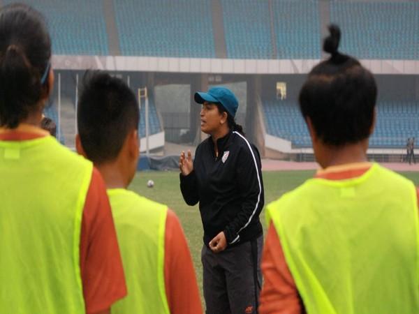 Indian women's senior national team head coach Maymol Rocky (Photo/ Indian Football Team Twitter)