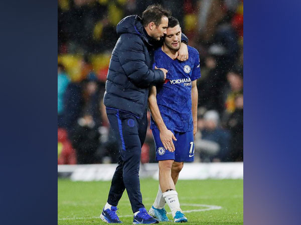 Chelsea manager Frank Lampard with Mateo Kovacic