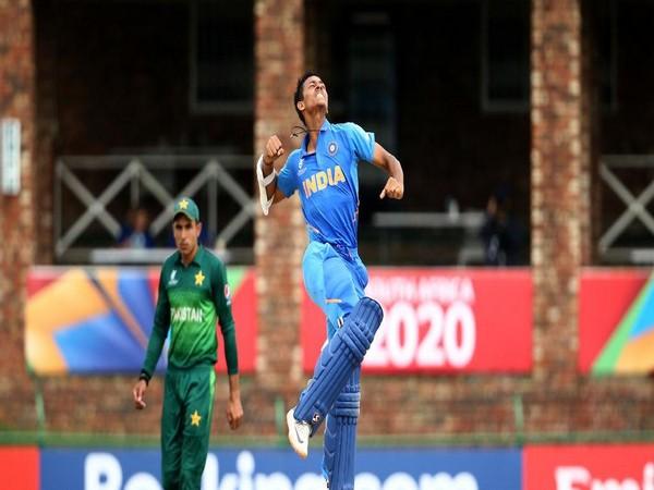 Yashasvi Jaiswal celebrating after scoring his maiden ton. (Photo/Cricket World Cup Twitter)