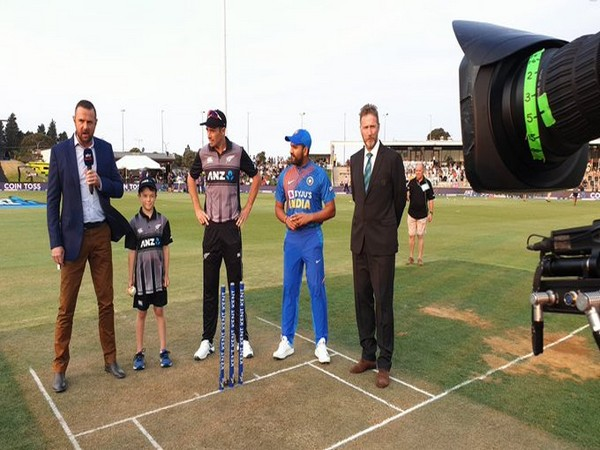 Both the captains in the middle for the toss. (Photo/BCCI Twitter)