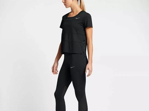 t-shirts with track pants