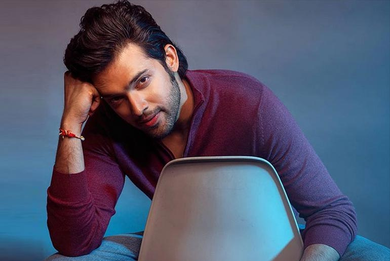 Parth Samthaan Shared His Yoga With Medicine Ball